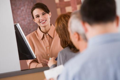 Pelayanan Anggota & Membangun Stabilitas Keuangan