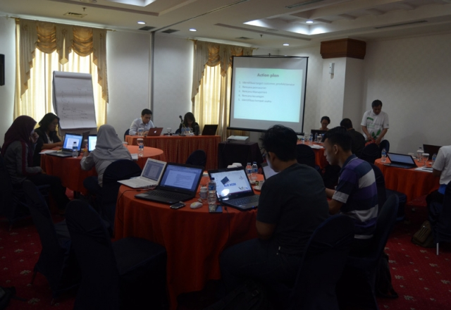 Workshop Desain Bisnis Plan Mitra ICCO, Jakarta, 17-19 Desember 2014