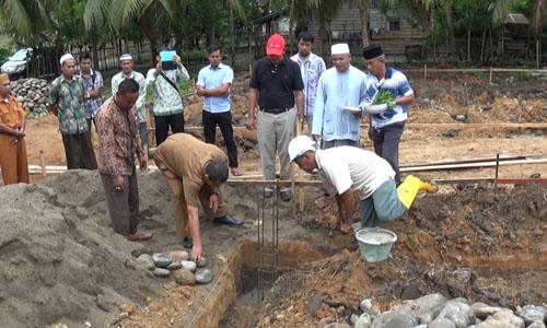 Peletakan Batu Pertama Pembangunan Kantor dan Gudang Koperasi Kakao Lhoksukon-Aceh Utara, 11 Agustus 2015