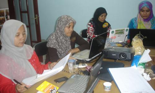 Sosialisasi Business Plan dan Pelatihan Keuangan untuk Mitra ICCO-PT. Produsen Organik, Kab. Jombang, 3-6 November 2015