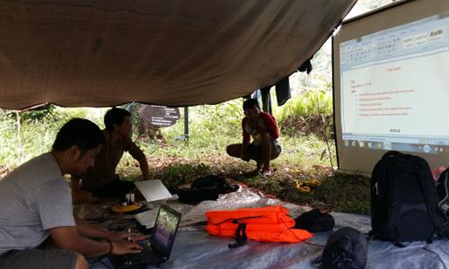 Pendampingan Penyusunan Business Plan dalam Program TFCA-KSM Kerima Puri, Beurau, 24-28 Oktober 2015